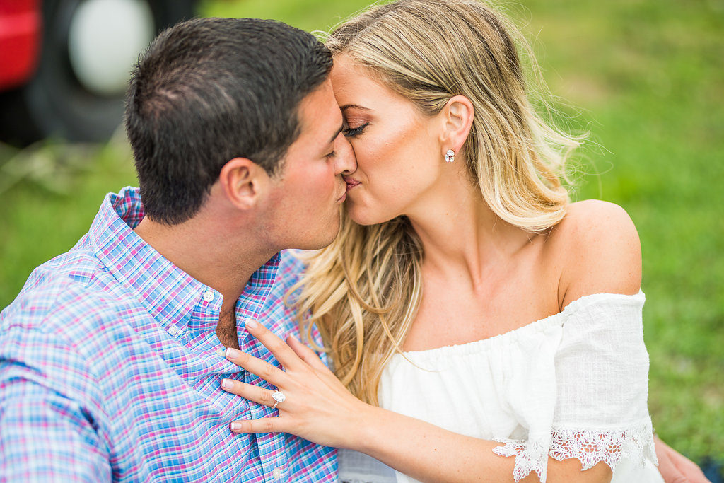 kiss romantic engagement Kaitlyn ferris photography